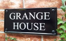 Multi Line Classic Rectangle House Sign – 298mm x 140mm; 11.7 inches x 5.5 inches